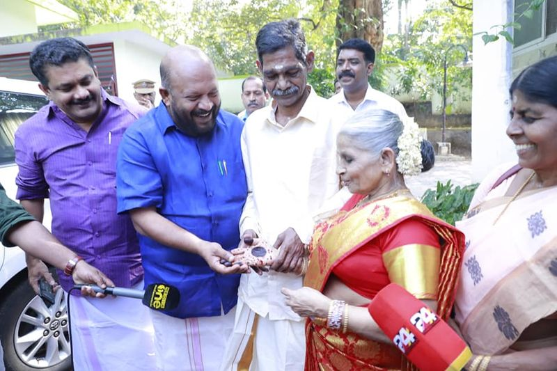 Elderly couple in Kerala old age home falls in love, gets married in their 60s