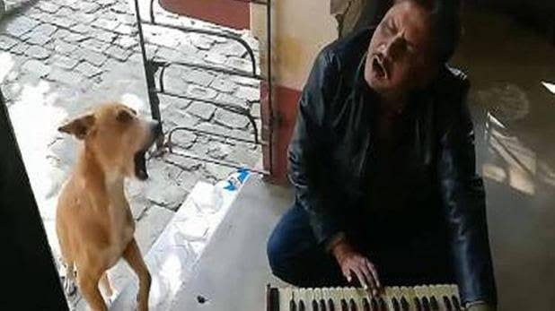After Ranu Mandal Dog Started Singing With A Man Teri Meri Kahani