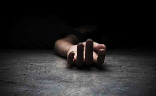 Dead Body Of Woman In Panna Was Found In Farm Bushes